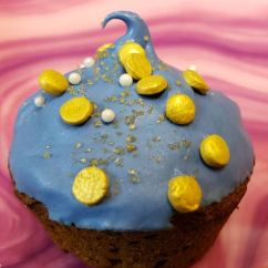blue gold mini cupcake
